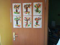 Jesienne drzewo - wydzieranka zpapieru kolorowego