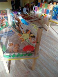 Malowanie farbami nafolii stretch