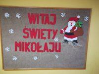 Dekoracja natablicy informująca opowitaniu św.Mikołaja