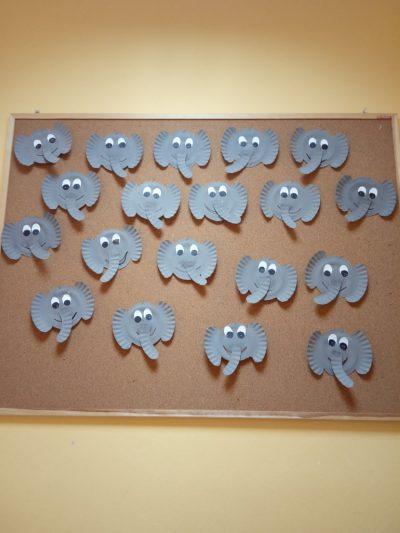 Słoń praca ztalerzyka papierowego