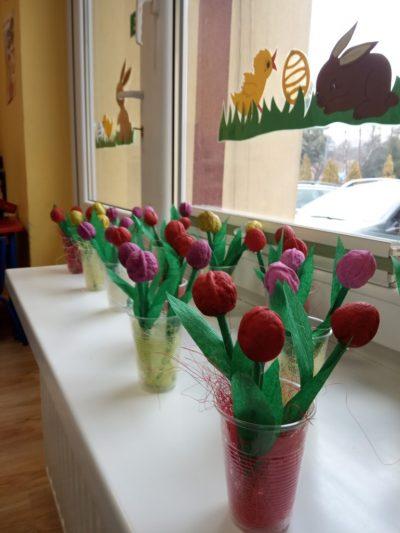 Bukiet tulipanów praca przestrzenna zorzecha, bibuły. patyczka isizalu