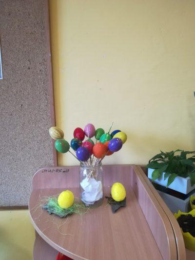 Kraszanki – malowanie jajek jednym wybranym kolorem