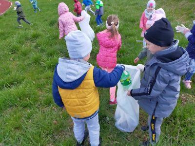 Dbamy oprzyrodę -Sprzątanie Ziemi