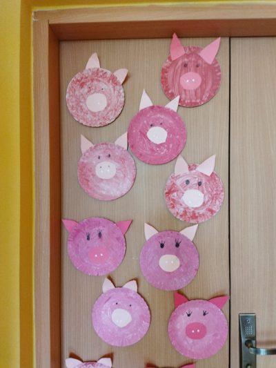 Świnki- praca plastyczna zpapierowego talerzyka
