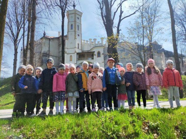 Zwiedzamy zabytki Nawojowej-Pałac Stadnickich