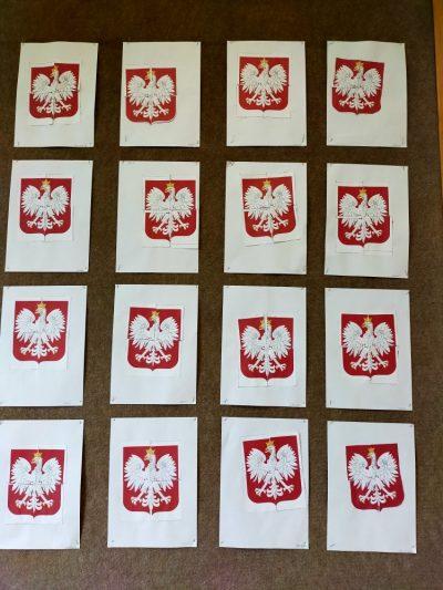 Godło Polski-wycinanie inaklejanie gotowych elementów