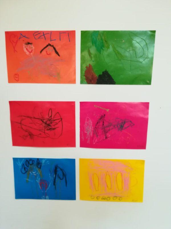 Temat dowolny - rysowanie pastelami najednokolorowej wybranej kartce papieru